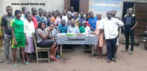 Visite du Chef d'Arrondissement de Takon aux jeunes boursiers de la deuxième vague de CASAD-BENIN
